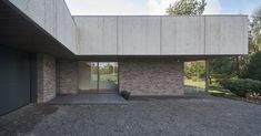 Gallery of Black Clay Family Residence / NEBRAU - 17