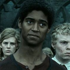 """Dean Thomas - Last movie - This Is What The """"Harry Potter"""" Characters Looked Like In The First Movie Vs. Harry Potter Movie Characters, Harry Potter Icons, Harry Potter Cast, Harry Potter Universal, Fictional Characters, Dean Thomas Harry Potter, Hogwarts, Alfred Enoch, The Last Movie"""