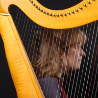 Visit Mandragore-Harpist-Singer on SoundCloud Harp, Concerts, Singer, Album, Woman, Music, Musica, Musik, Singers