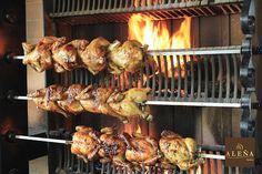 pollos asados a leña... #spanishfood Mmmmmmmm ricoss