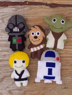 May the formula be with you! Adorable Star Wars themed baby mobile diy pattern.