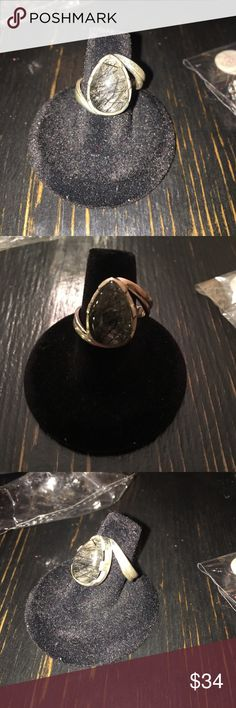 Rutilated Quartz Ring Rutilated Quartz is an illuminator for the soul, promoting spiritual growth. It cleanses and energises the aura. Draws off negative energy and disease, letting go of the past. Jewelry Rings