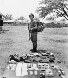 22 SAS - Operational gear for a 14 day operation in Malaysian jungle (1950-59).