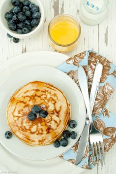 Fluffy pancakes - very fluffy, simple and yummy...made 12 good-sized pancakes; would feed 6+ people for breakfast
