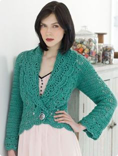 free pattern - pretty lines...low V neck, bell-type sleeve, and scalloped edges. Love the color, too