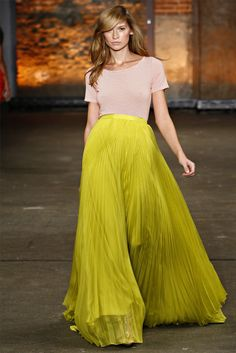 Maxi skirt in Chartreuse