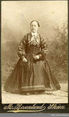 Folk Costume, Costumes, Antique Clothing, Edwardian Fashion, Ancestry, Museum, Antiques, Painting, Diy