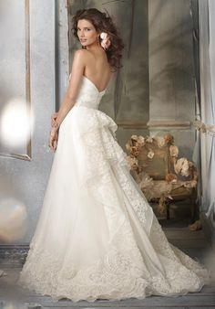 Wedding Dress - Jim Hjelm