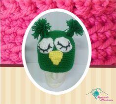 Modelo 16:  Buho verde, hermoso gorro tejido a crochet de búho con ojos dormilones