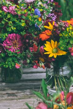 Flowers in Jars at the Fair, Great article. ~ Mary Walds Place - Handpicked posies in jars