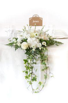 In questa pagina trovi tante foto dei centrotavola per matrimonio che noi fioristi e floral designers di La Piccola Selva abbiamo realizzato nei migliori ristoranti, ville e castelli del Lago d&#82…