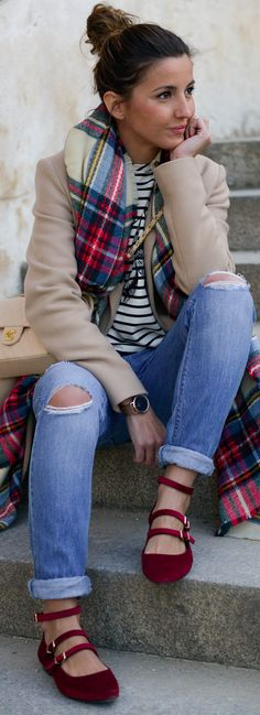 shoes: Ulanka jeans: Zara t-shirt: The Extreme Collection bag: Chanel scarf: Asos