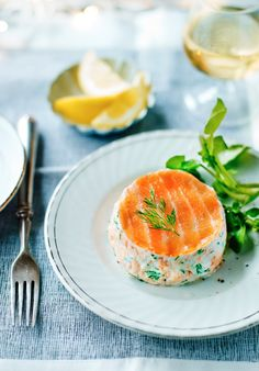Mary Berrys Christmas recipes: Fresh Salmon and Dill Terrines christmas appetisers Salmon Recipes, Fish Recipes, Seafood Recipes, Cooking Recipes, Pate Recipes, Xmas Food, Christmas Cooking, Christmas Recipes, Mary Berry Salmon