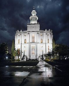 St. George Utah Mormon/LDS Temple: Rain & Light relaxing picture.