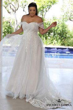 Avril's wedding dress