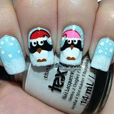 Christmas nails pingüino