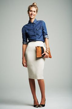For casual wear, instead of wearing a jean skirt, try wearing a jean shirt/jacket/vest. It will still give you the casual look, but you still look chic. Or try a tee and maxi. For casual Friday. Style Work, Mode Style, Work Fashion, Modest Fashion, Fashion Fashion, Street Fashion, Fashion News, Runway Fashion, Fashion Jewelry