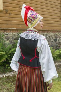 Eesti Rahvarõivad > Pärnu naine Folk Fashion, Ethnic Fashion, Folk Style, Style Me, Folk Costume, Costumes, 7 Continents, Folk Clothing, Scandinavian Living