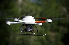A newly developed micro-drone is letting archaeologists discover ancient sites like burial mounds in hard-to-reach places, scientists say. The micro-drone, also called a quadrocopter, can stay aloft for about 20 minutes while taking photos of an area. Micro Drone, Rc Tank, Flying Saucer, Come And See, Archaeological Site, Archaeology, Peru, Study, Drones