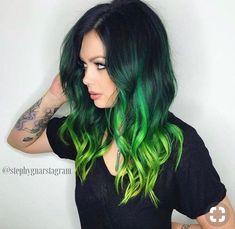Mermaid hair oh how I want to dye my hair green Double tap if you like green hair stephygnarstagram Green Wig, Green Hair Colors, Neon Green Hair, Green Hair Ombre, Black And Green Hair, Violet Hair, White Hair, Black Hair With Color, Emerald Green Hair