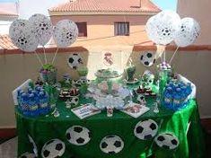 Resultado de imagen de tutorial mesa dulce futbol Soccer Birthday Parties, Advent Calendar, Holiday Decor, Cake, Party, Hs Football, Candy Table, Candy Buffet, Mesas
