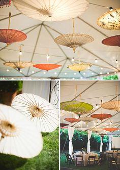 Parasoles en tu boda para decorar carpas