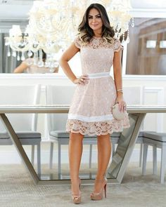 Very sweet short lace dress Fashion Wear, Modest Fashion, Fashion Dresses, Womens Fashion, 70s Fashion, French Fashion, Vintage Fashion, Fashion Tips, Vestidos Vintage