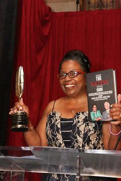 Gloria Taylor-Boyce Award Winning Best Selling Author receiving the Quilly Award for her third Book Cracking The Success Code Book Show, Writing A Book, Free Books, The Fosters, Writers, Third, Awards, Coding, Author