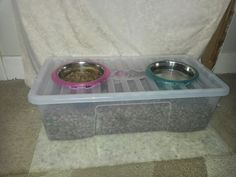 Take 1 plastic box capacity) with strong lid and 2 dog bowls. Draw around bowls and use a soldering iron to melt through the plastic. Drop bowls in. This box holds about of dog food. Dog Station, Dog Feeding Station, Dog Hot Spots, Pet Food Storage, Dog Feeder, Dry Dog Food, Cat Food, Dog Items, Homemade Dog