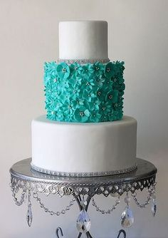 ♥Turquoise & white Wedding Cake