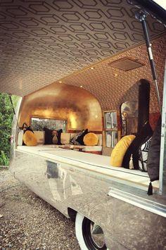 Lola - Deco Noir Mobile Bar www.deconoirevents.com
