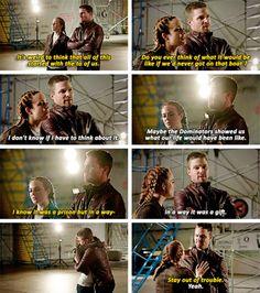 Oliver & Sara in #LegendsofTomorrow #Season2 #2x07 - Crossover Part 3!