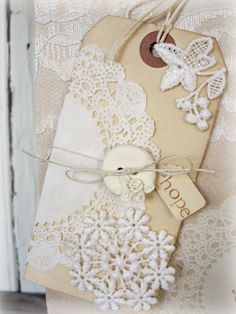 Shabby lace stained tag