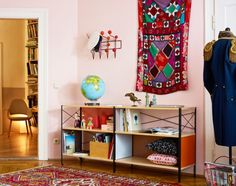 Věšák Vitra Hang It All, Red | DesignVille