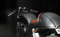 """From Portugal comes this beautiful #Kawasaky Zephyr 750 #CafeRacer """"La Bohème"""" by Sameiros Motors   caferacerpasion.com"""