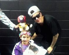 Woman describes how Justin Bieber helped her daughter stay strong through cancer.