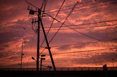 夕暮れと電柱のシルエットフリー写真素材無料ダウンロード-ぱくたそ