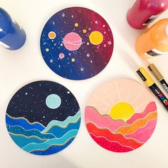 Sun, moon and galaxy paintings. I used acrylic paints on a wooden circle canvas. Simple Canvas Paintings, Small Canvas Art, Mini Canvas Art, Cute Paintings, Easy Canvas Art, Circle Painting, Galaxy Painting, Moon And Sun Painting, Circle Drawing