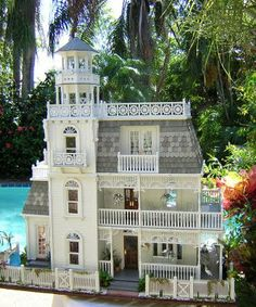 The Key West Island house is a theme house that depicts all the pleasures summer, and of island living. Key West is a 3 by 5 mile island th. Miniature Rooms, Miniature Houses, Key West House, Accessoires Barbie, Key West Style, Fairy Houses, Doll Houses, Victorian Dolls, Victorian Dollhouse