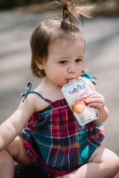Lynzy & Co. // Modern Motherhood Blogger shares her experience of looking for alternatives to cow's milk and how her kiddies are now loving #KABRITA's easy to digest #goatmilk foods!