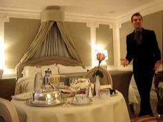 www.hotel-discount.com Deluxe King Room at the St. Regis #Hotel in New York City. The St. Regis Hotel is a Mobil five star and AAA five diamond luxury hotel located in Manhattan on 5th Avenue and 55th Street near Central Park and The Plaza Hotel. It is also close to Times Square, the Empire State Building, Rockefeller Center, Broadway, Museum of Modern Art , Radio City Music Hall, and many other attractions.