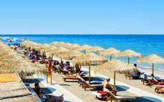 Slap af ved skønne strande på Rhodos. Se mere på www.apollorejser.dk/rejser/europa/graekenland/rhodos