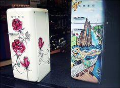 Smeg Kühlschrank Dolce Gabbana : Dolce and gabbana s hand painted smeg refrigerators are now