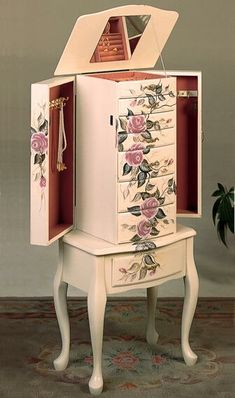 Provide plenty of space for storing rings, earrings and other small jewelry by choosing this Venetian Worldwide Antoinette Off White Jewelry Armoire. Jewelry Box Makeover, Armoire Makeover, Furniture Makeover, Furniture Decor, Painted Furniture, Painted Armoire, Cleaning Silver Jewelry, Do It Yourself Fashion, Black Gold Jewelry