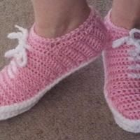Crocheting : Crochet Sneakers in other colours