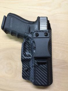 Glock 19 in a black carbon fiber kydex IWB holster. Glock 19 Gen 4, Weapon Storage, Self Defense Weapons, Kydex Holster, Guns And Ammo, Concealed Carry, Tactical Gear, Firearms, Carbon Fiber