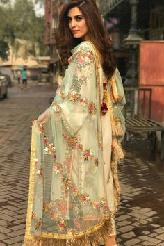10 Times Maya Ali Brightened Up The Floor In Her Stunning Formal Dresses - Bridals. Pakistani Dress Design, Pakistani Outfits, Indian Outfits, Party Wear Dresses, Casual Dresses, Fashion Dresses, Bridal Dresses, Dress Suits, Simple Dresses