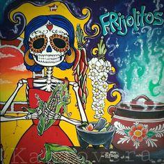 Day of the Dead Folk Art - Sugar Skulls - « Frijolitos Sugar Skull Art, Sugar Skulls, Arte Fashion, Latino Art, Day Of The Dead Skull, Skeleton Art, Mexican Folk Art, Mexican Crafts, Mexican Style