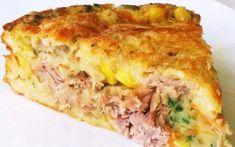 """Para fazer a """"massa"""" da pizza, misture a carne moída com o ovo, aveia, cebola, alho, sal Caldos Low Carb, Tortas Light, Tortas Low Carb, Taste Made, Keto, Low Carb Diet, Lasagna, Quiche, Sandwiches"""