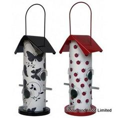 Supa Gloucester Seed Feeders For Wild Birds Supa Gloucester Bird Seed Feeders are traditionally styled tube seed feeders that are available in a pack of Bird Feeders Amazon, Bird Feeders For Sale, Bird Seed Feeders, Wild Bird Feeders, Butterfly Pattern, Butterfly Design, Bird Feeder Plans, Homemade Bird Feeders, Bird Toys